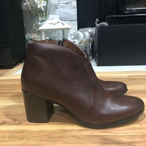 Frye Nora ankle boots new size 9
